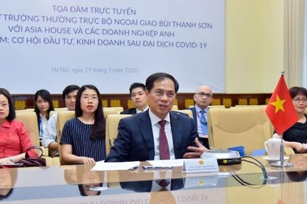"""Tọa đàm trực tuyến với chủ đề """"Việt Nam: Cơ hội đầu tư, kinh doanh sau đại dịch Covid-19"""""""