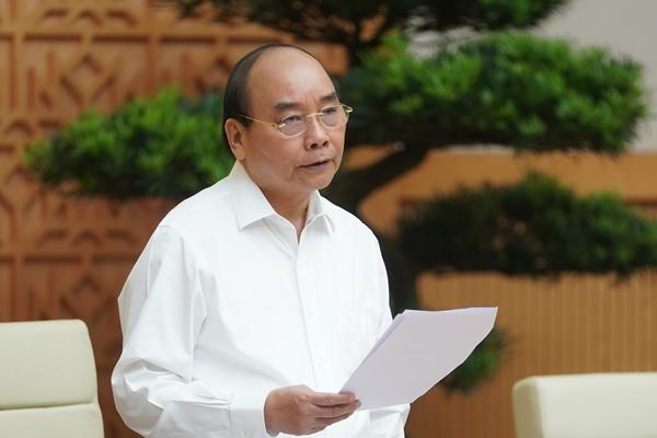 """Thủ tướng Nguyễn Xuân Phúc: """"Tháng 5, các chỉ tiêu tốt hơn hẳn tháng 4"""