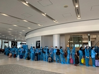 Chuyến bay đưa hơn 340 công dân Việt ở Nhật về nước hạ cánh an toàn