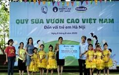 Hơn 1 300 trẻ em Hà nội được chăm sóc dinh dưỡng từ Vinamilk và Quỹ sữa vươn cao Việt Nam