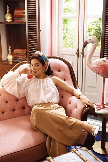 Kỳ Duyên đẹp hút hồn trong bộ sưu tập của Lê Thanh Hòa tại JW Marriott Phu Quoc Emerald Bay