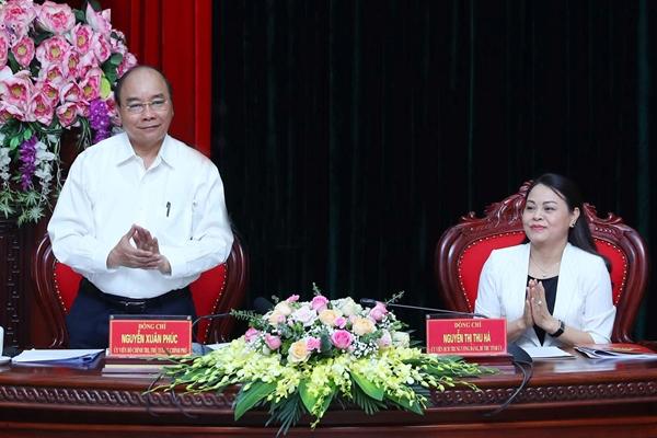 Thủ tướng chỉ rõ loạt thách thức trong phát triển của Ninh Bình