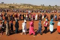 Nam Phi điều tra tham nhũng liên quan hàng tỷ USD cứu trợ COVID-19