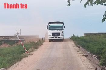 Xe chở cát hoành hành tại khu vực hồ Dầu Tiếng