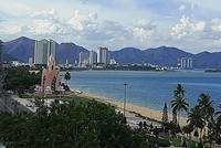 Cấm tụ tập đông người dọc tuyến công viên biển Nha Trang