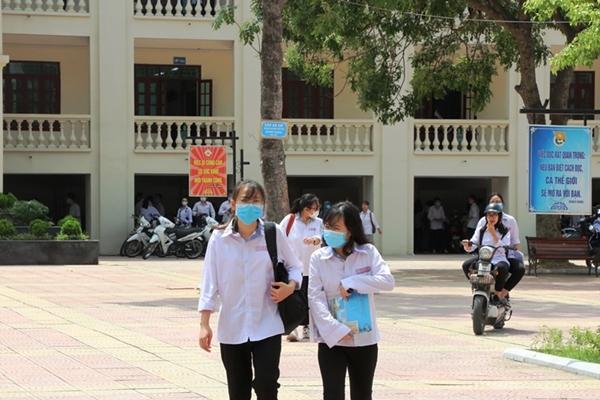Bắc Ninh: 7 thi sính phải thi lại môn Ngữ văn do lỗi của giám thị
