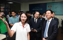 Viettel tài trợ Phòng Lab mạng di động 4G thúc đẩy hoạt động nghiên cứu tại trường đại học