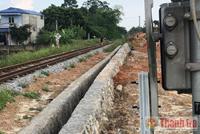 Thi công xây dựng xâm phạm hành lang bảo vệ đường sắt