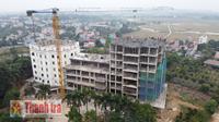 Công trình bị dừng thi công nhưng vẫn xây dựng lên 8 tầng