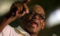 Đình chỉ Tổng Thư ký Đảng ANC vì bê bối tham nhũng