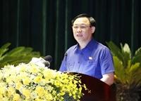 Chủ tịch Quốc hội Vương Đình Huệ tiếp xúc cử tri, vận động bầu cử tại quận Dương Kinh