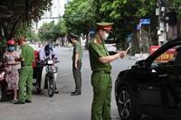 Kiểm soát chặt người và phương tiện ra khỏi Hà Nội trong thời gian giãn cách