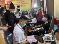 Hà Nam Tăng, ni, Phật tử hiến máu cứu người - vì miền Nam ruột thịt